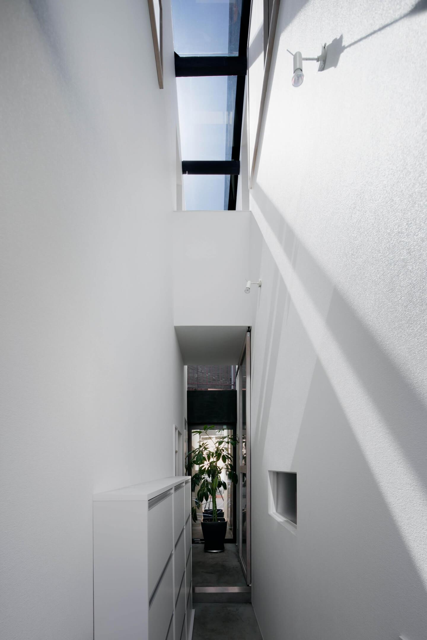 堀切の住宅の玄関