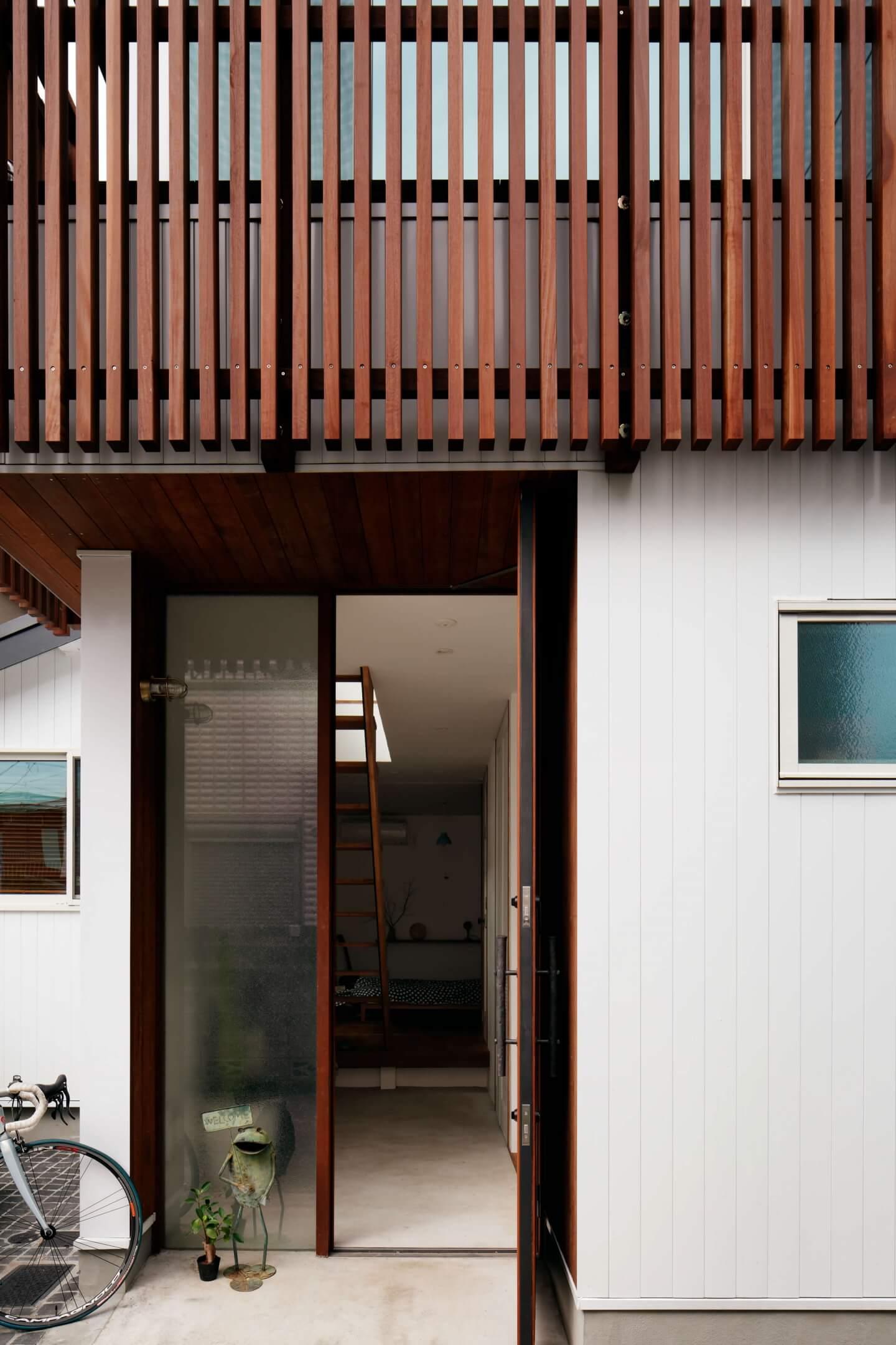 吉祥寺の住宅の玄関