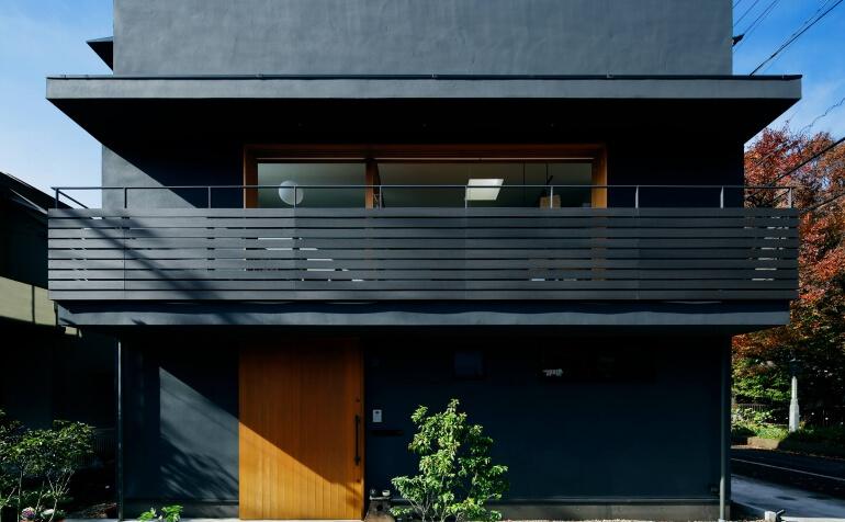 桜町の住宅の正面外観