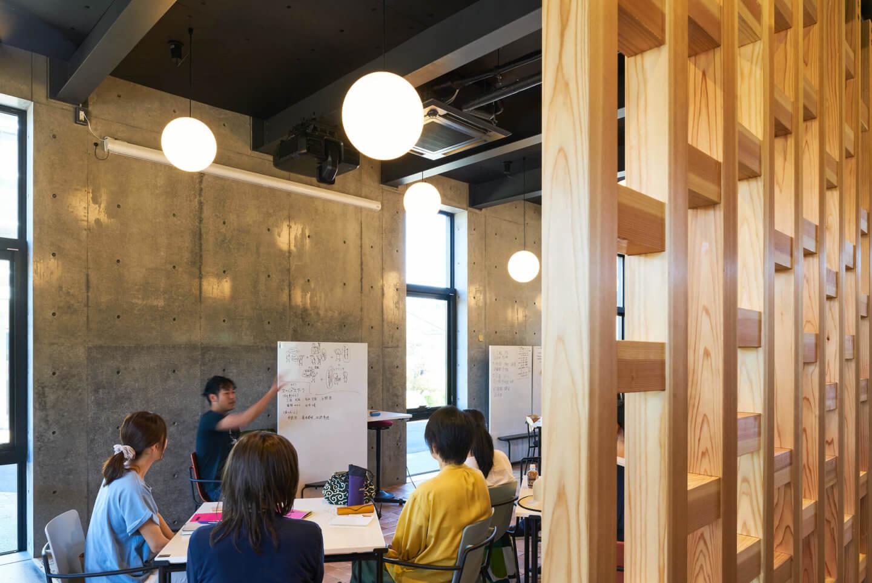 シビックイノベーション拠点・スナバ shiojiriのコーワーキング